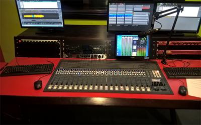Musical Instruments & Gear Mesa De Mezclas Aeq Forum Other Dj Equipment